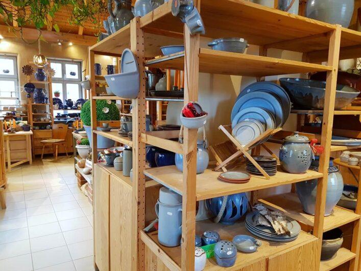 Keramik in der Töpferei am Dom
