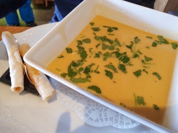Suppe in der Seealm Hög