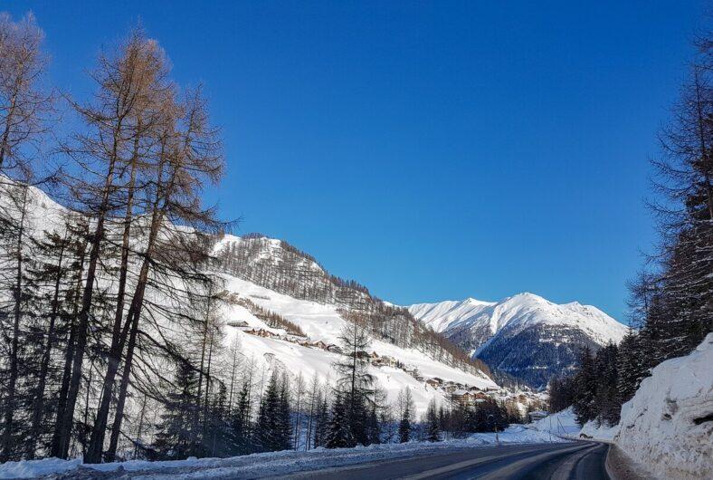 verschneite Landschaft in Samnaun