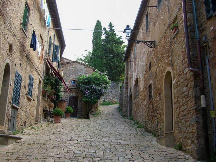 Gässchen in Volterra