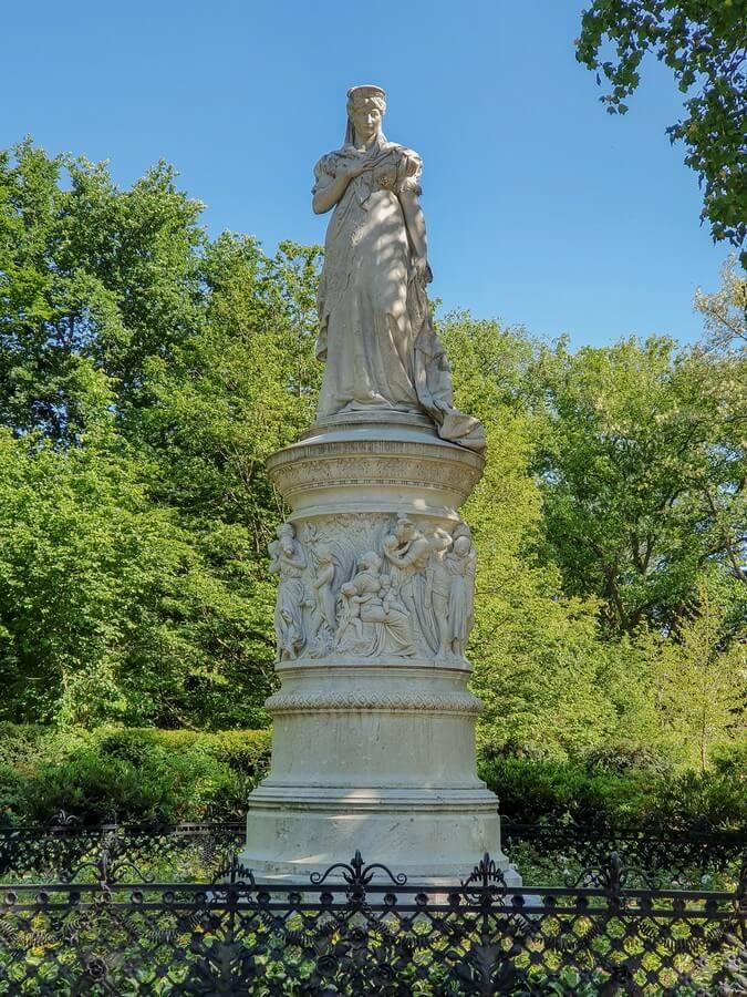 Denkmal von Königin Luise im Tiergarten