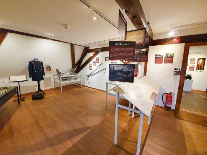 Exponate im Ludwig-Donau-Main-Kanal-Museum auf Burg Thann
