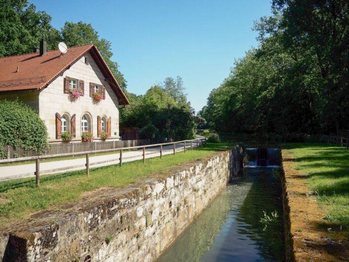 Schleusenwärterhaus am Ludwig-Donau-Main-Kanal