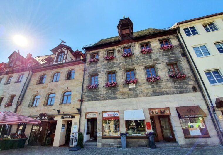 Blick auf das Wallenstein-Haus