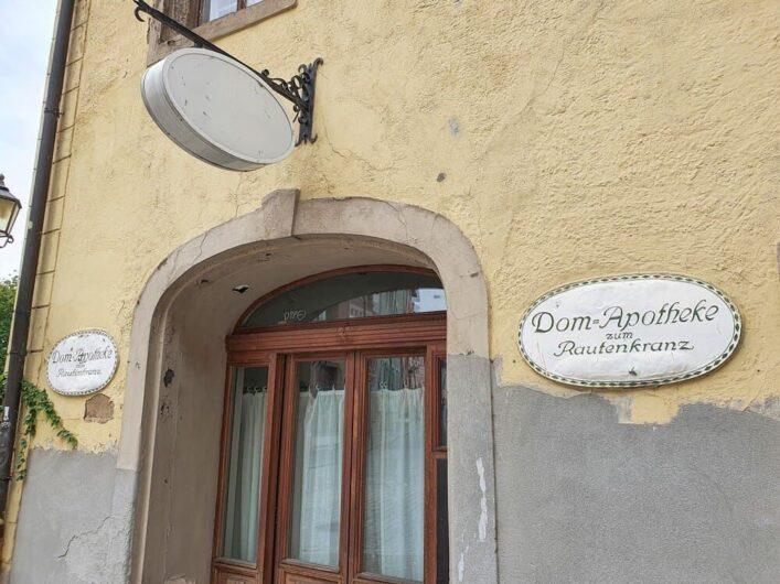 Blick auf die ehemalige Dom-Apotheke in der Residenzstadt Merseburg
