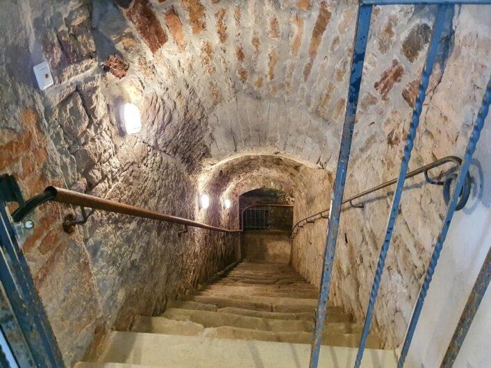 Treppe in den Tiefen Keller in Merseburg