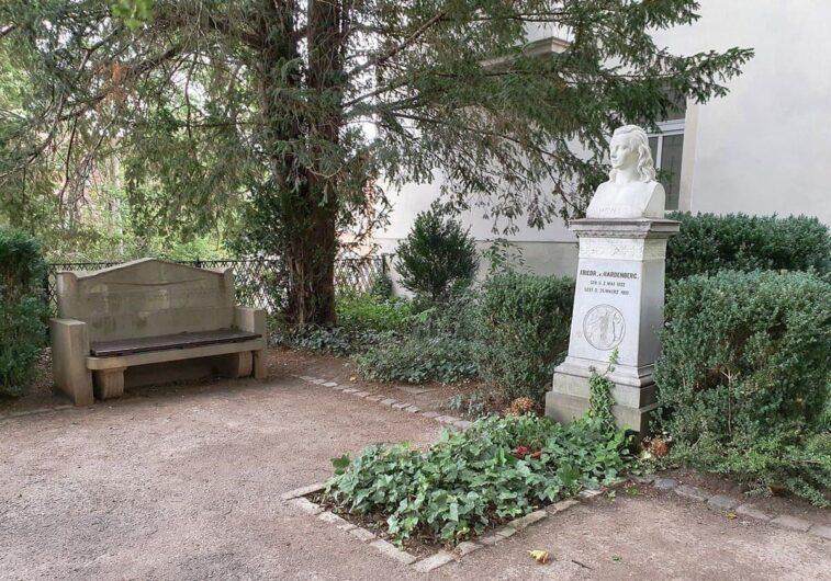 das Grab von Novalis in Weißenfels