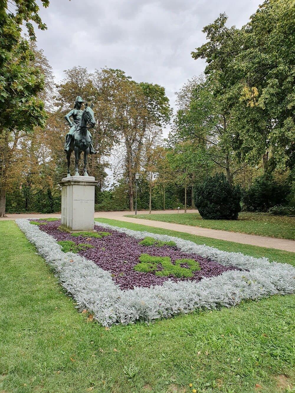 Statue im Schlosspark der Residenzstadt Merseburg