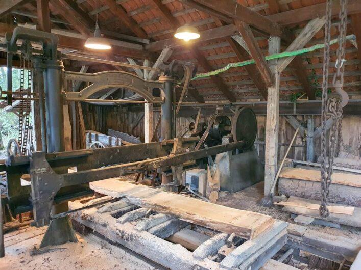 alte Gattersäge des Holzhandwerksmuseums Hiddenhausen