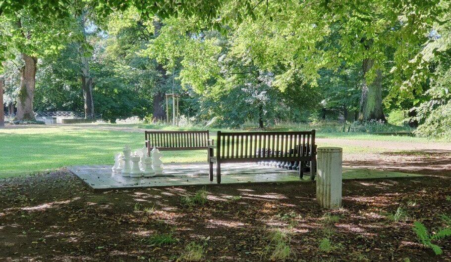 Gartenschach im Schlosspark Zeitz