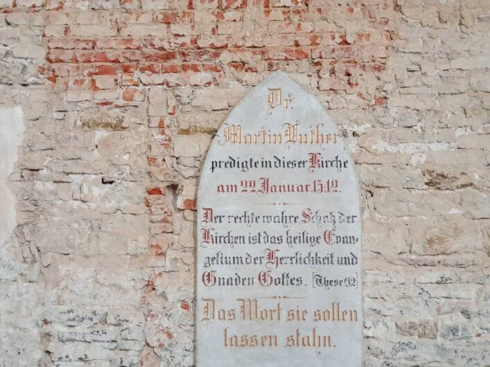 Gedenktafel an die Predigt von Martin Luther im Franziskanerkloster