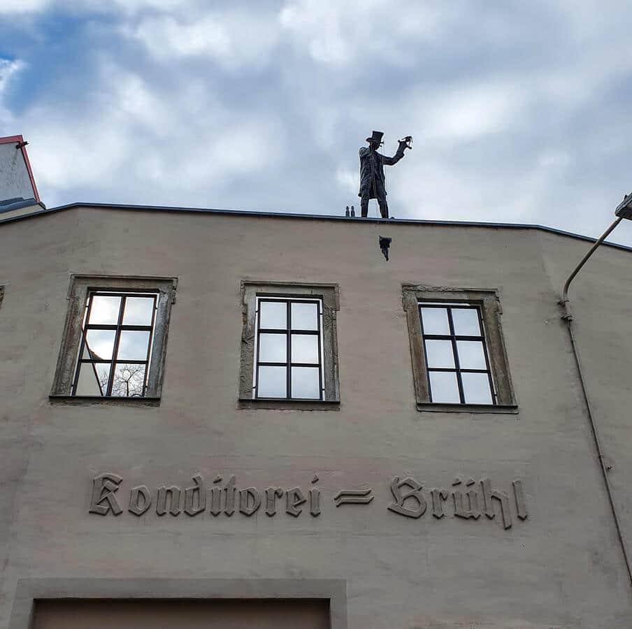 Puppenspieler auf dem Dach