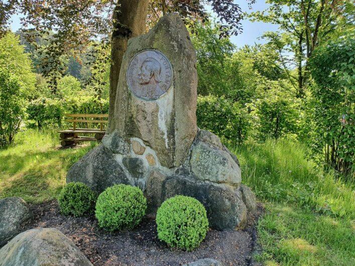 Fontane-Gedenkstein in Falkenberg