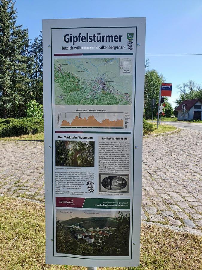 Informationstafel zum Gipfelstürmerweg