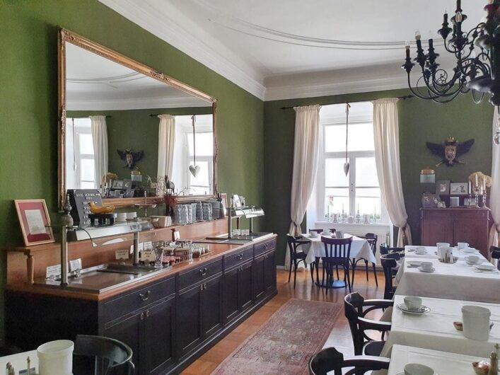 Blick in den Frühstücksraum des Hotels Alter Gerichtshof